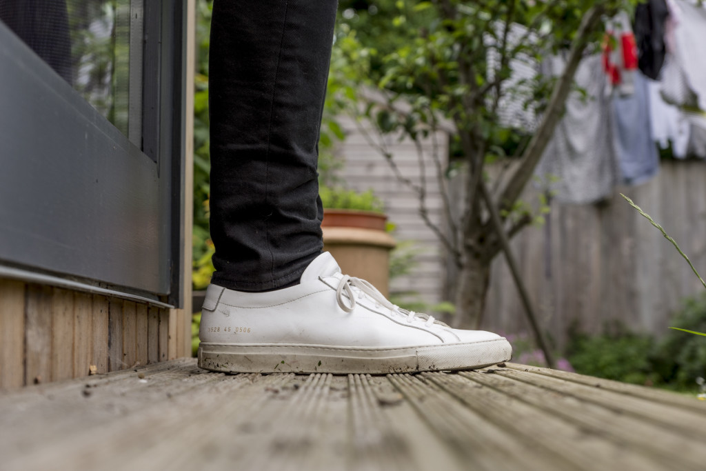 Common Projects Achilles with Levi's 520 jeans